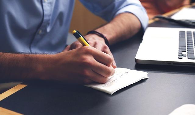 Czy warto poprawiać swoje kwalifikację poprzez kursy?